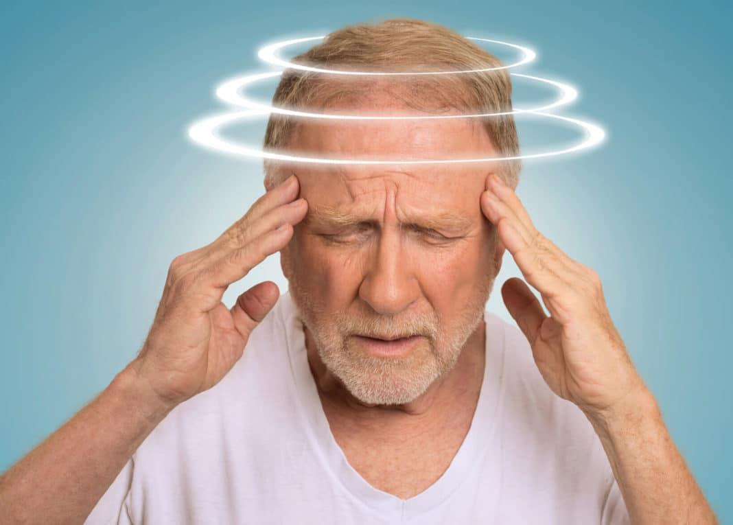 Шум в ухе головокружение головная боль тошнота
