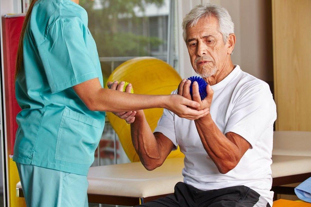 Восстановление двигательных функций после инсульта