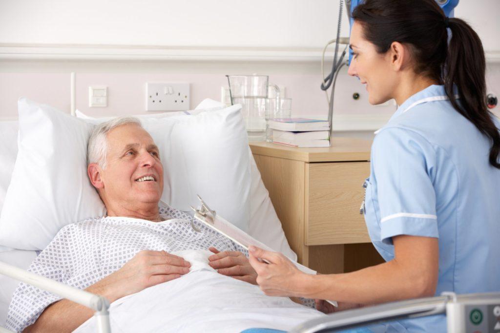 Некоторое время после инсульта лучше оставаться под присмотром специалистов